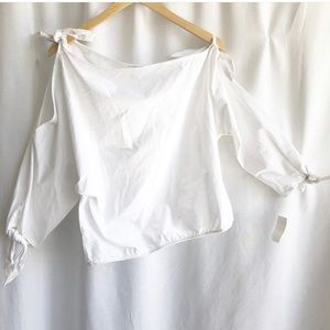 Joie Colissa off one shoulder knotted tie top.